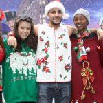Американский перевозчик Alaska Airlines третий год подряд запускает акцию «Безобразный свитер», приуроченную к рождественским и новогодним праздникам. Об этом пишет The Points Guy.